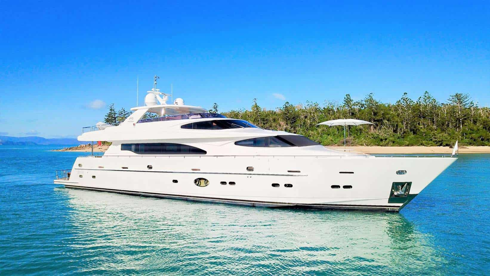 Brokerage Yacht 2