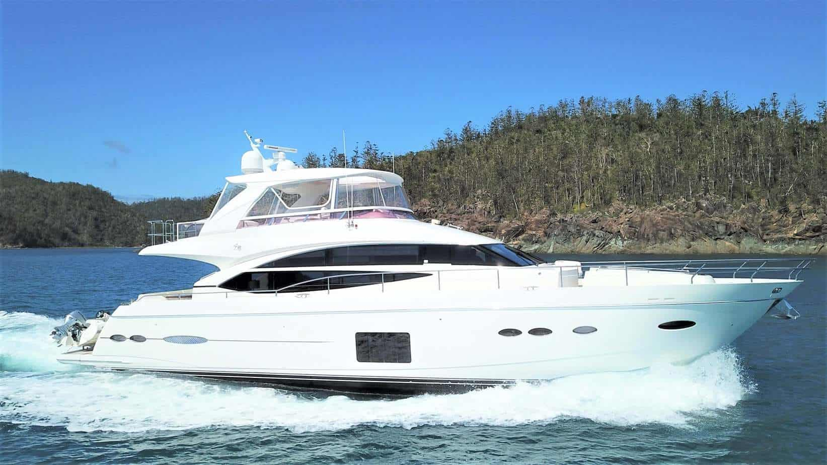 Brokerage Yacht 4